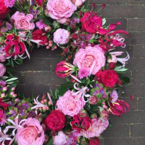 roze-rouwkrans
